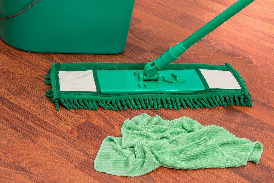Hvordan vasker man gulv?